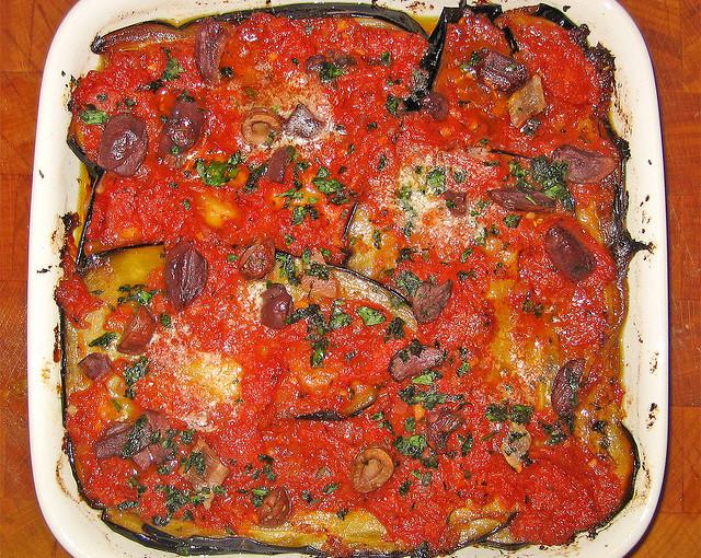 Włoska kuchnia i krajowe mięso sezonowane